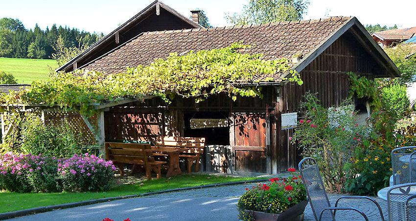 Ferienwohnungen Weghofer - urige Hütte